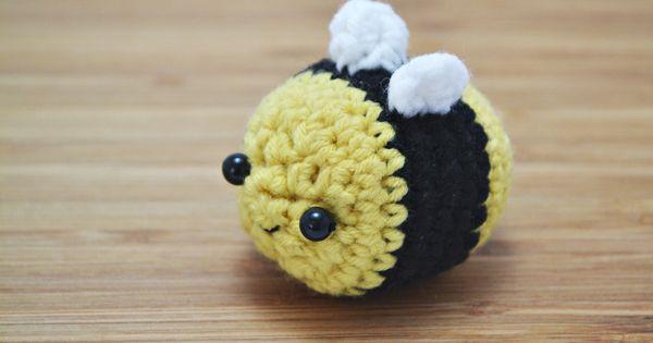 Amigurumi Tutorial Principiantes : Amigurumi Bumblebee - Craftfoxes Crochet & knitting ...