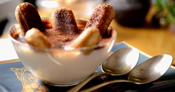 Heavenly Eggless Tiramisu Recipe — Dishmaps