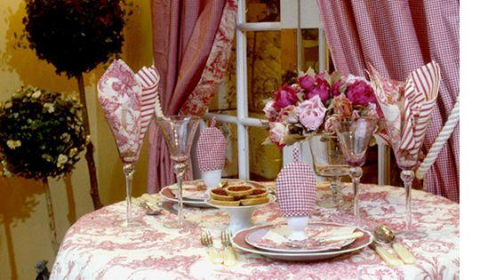 collection versailles linge de table exquisite toile de jouy original 18th century design in. Black Bedroom Furniture Sets. Home Design Ideas