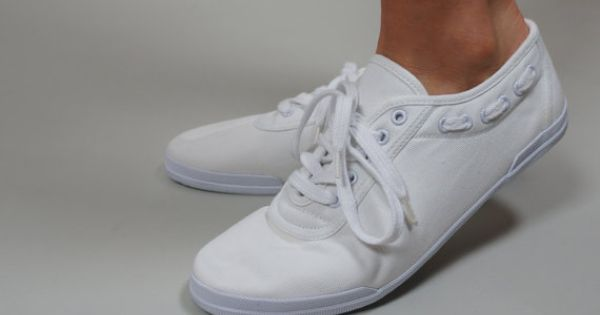 Vintage White Lace Up Canvas Sneakers Tennis Shoes With