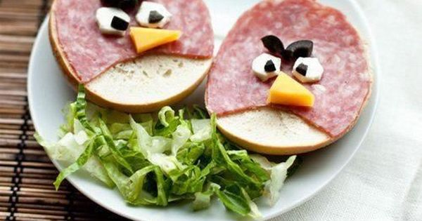 Angry Birds Sandwiches for the Lunch Box - hee! TheBoy loves bagels,