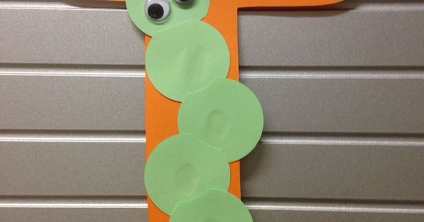 I Is For Inchworm Letter Crafts Pinterest More Zoo