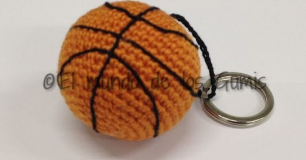 Llavero basketball | Mis amigurumis | Pinterest
