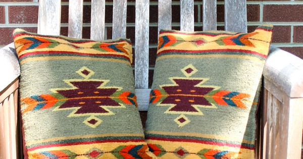 Vintage Southwestern Pillow : Vintage NATIVE AMERICAN Wool NAVAJO Print Pillows // Set of 2 Pillow set, Front porches and Wool