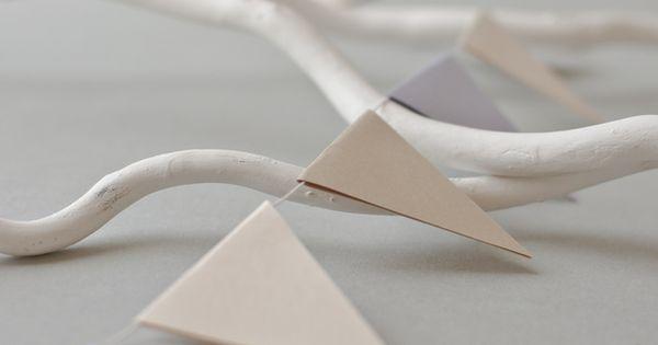 wimpel girlande aus papier wimpelkette hochzeit moodboard wedding pinterest wimpelkette. Black Bedroom Furniture Sets. Home Design Ideas