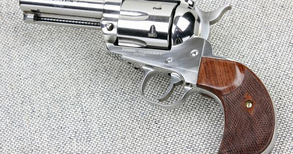 Найдено в Google. Источник: eaglegrips.com. | Revolvers | Pinterest | Guns,  Revolvers and Weapons