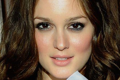 Best Celebrity Makeup Looks For Brown Eyes Celebrity Makeup Looks Makeup Looks For Brown Eyes Makeup Tips For Brown Eyes