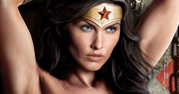 Gal Gadot Signs Three Picture Deal To Play Wonder Woman -1035