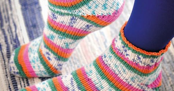 Knitting Pattern Magic Loop Socks : Learn to knit toe-up socks with Magic Loop-technique. Free video pattern on Y...