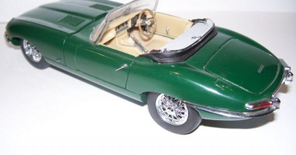 Franklin Mint Precision Models 1961 Jaguar E Type 1 24