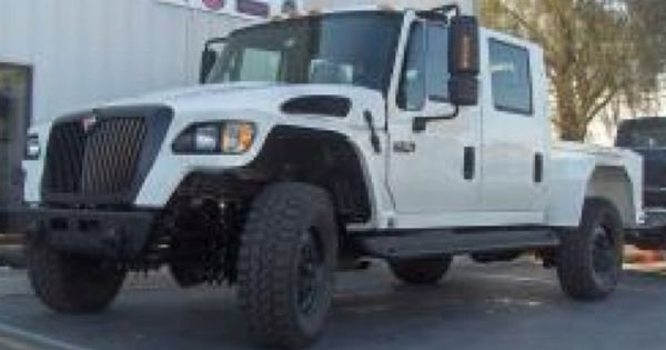 International MXT 4x4. Diesel truck that is awesome ...
