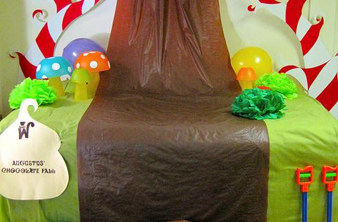 Chocolate Waterfall by a. modern home, via Flickr....plastic cups flipped upside down