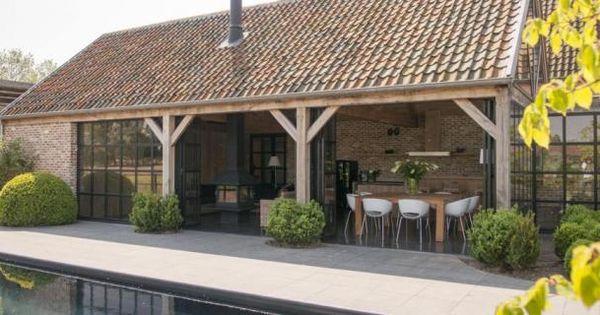 Annexe en bois style anglais livinlodge classic places for Piscine halle