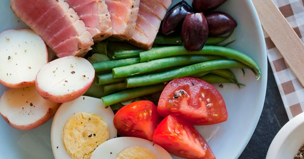 Salad Nicoise // lunch dinner salad