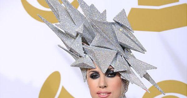Lady Gaga To Intern For Philip Treacy Designer Of Princess Beatrice S Wacky Royal Wedding Hat Lady Gaga Fashion Lady Gaga Outfit Philip Treacy Hats
