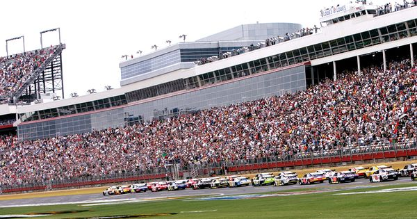 Charlotte motor speedway attractions in and around for Charlotte motor speedway museum