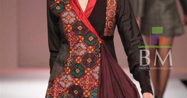 Wills Lifestyle India Fashion Week (WIFW) 2010 Day 5 Photo #329 ...