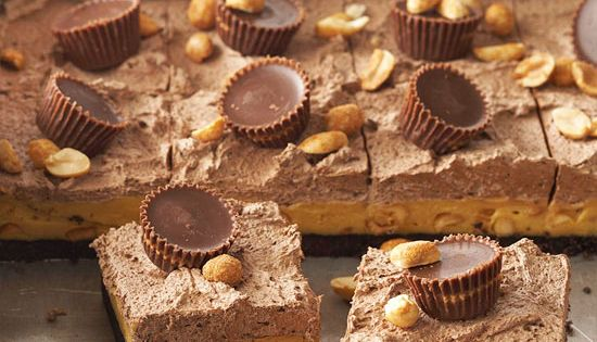 Peanut butter chocolate squares with instant french for Desserts you can make with peanut butter