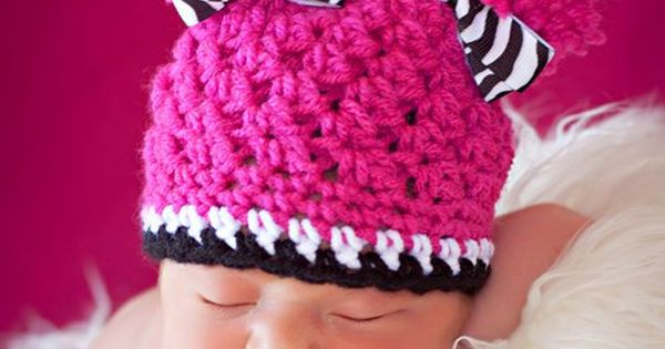 Adorable baby crochet hat! My next friend that has a baby girl