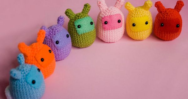 Amigurumi Rainbow Bunny Blobs by cutedesigns: Adorable! Amigurumi cutedesigns These make me