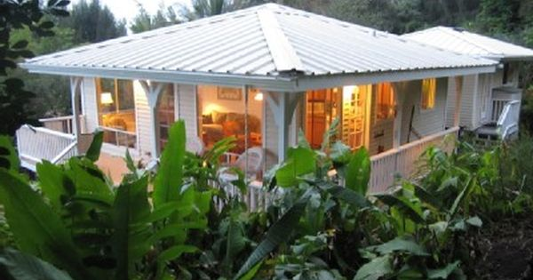 Beautiful Home Surrounded By Lush Greenery And Lanai With Ocean View Vacation Houses To Rent