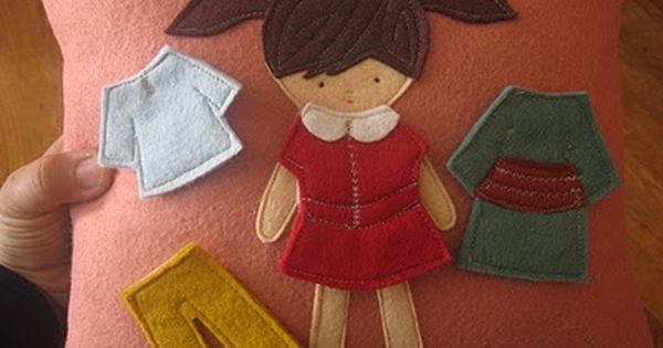 "Felt ""Paper Dolls"" tutorial, good for a quiet book page."