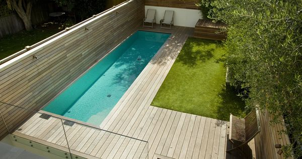 Exactement ce que je veux a dit ch ri piscine couloir for Piscine blue design