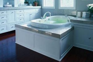 How Much Does It Cost To Replace Or Install A New Bathtub Bathtub Cost Big Bathrooms Bathroom Addition