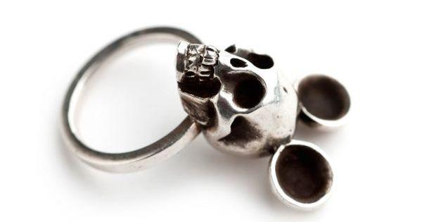 #boticca.com ring Forever Mouse Ring Glenda L?pez The Forever Mouse Ring |