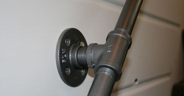 Best Iron Pipe Handrail Home Projects Pinterest Iron Pipe 400 x 300