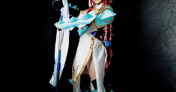 Erza Scarlet, Lightning Empress Armor by ~fritzfusion on ...