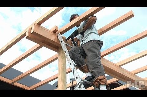 comment construire une pergola en bois en 8 tapes youtube mobilier jardin pinterest. Black Bedroom Furniture Sets. Home Design Ideas