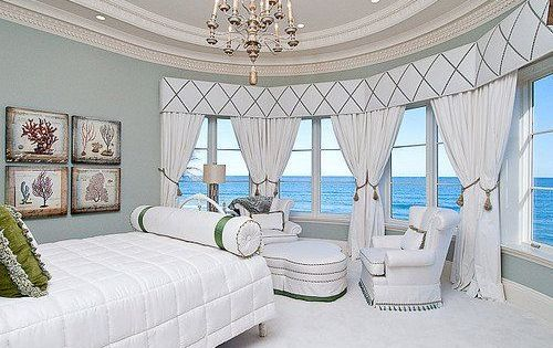 Those windows with the ocean view