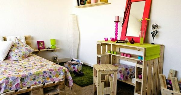 m bel aus paletten europalette kinderzimmer diy ideen bett. Black Bedroom Furniture Sets. Home Design Ideas