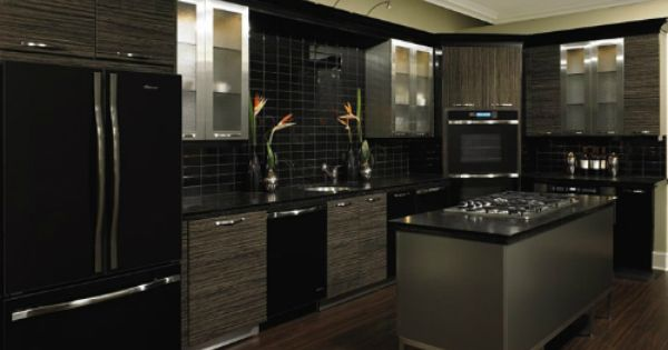 Black and silver kitchen designs 500 375 home for Kitchen ideas with black appliances