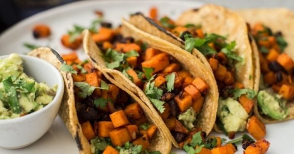 Chipotle Sweet Potato Tacos with Black Beans and Guacamole | Recipe ...