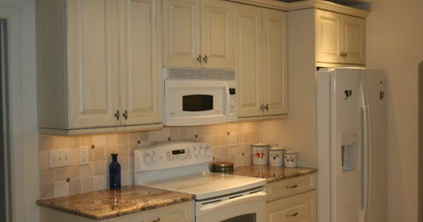 White appliances design pictures remodel decor and for 1925 kitchen designs