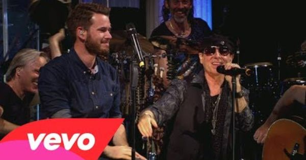 Scorpions With Johannes Strate Rock You Like A Hurricane Mtv Unplugged Youtube Videos Music Music Videos