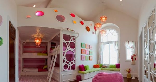 zweite ebene im kinderzimmer m dchen prinzessinnen rosa gr n kinderzimmer pinterest. Black Bedroom Furniture Sets. Home Design Ideas