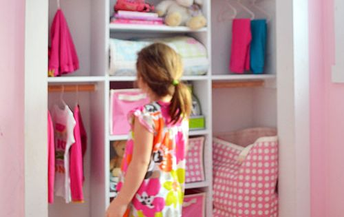 DIY closet plans, perfect for a kids' room! {Ana White}