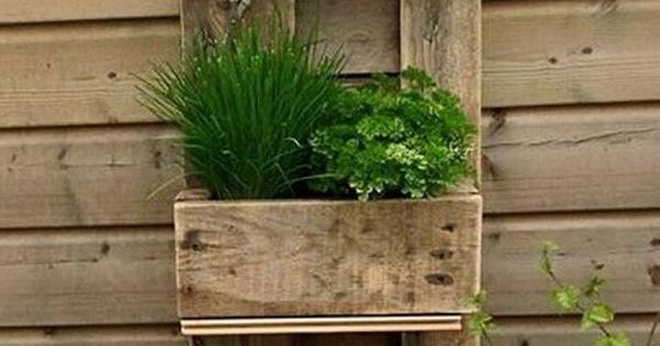Jardines verticales hechos con palets de madera jardins - Jardines verticales con palets ...