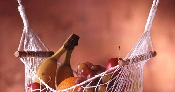 A REAL LIFE BANANA HAMMOCK! Hang a fruit and veggie hammock -