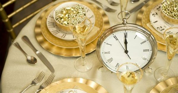 New Years Eve party -- love the idea of using an oversized