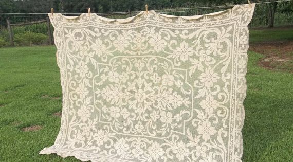 Vintage Army Navy Tablecloth Ivory Lace Table Cloth 60 x ...