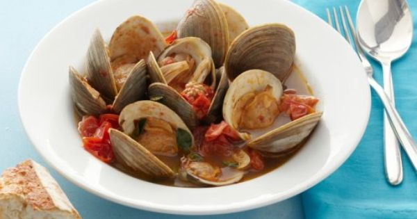 Steamed clams, Clams and Tomatoes on Pinterest