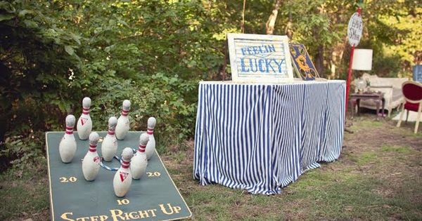 Loving these vintage carnival games from JL Couture Event planning. I am