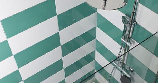 Carrelage mural vert d eau 20 x 50 cm mina castorama for Carrelage murale castorama