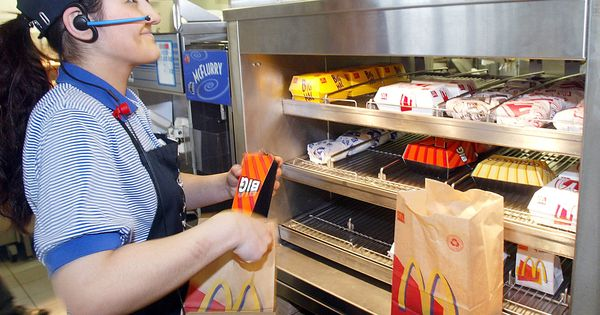You Call That Employment American Fast Food Mcdonalds Fast Food Workers
