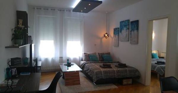 Mach Apartments Zagreb Situated 1 6 Km From Arena Shopping Centre In Zagreb This Air Conditioned Apartment Features A Balcony The A Home Decor Home Apartment