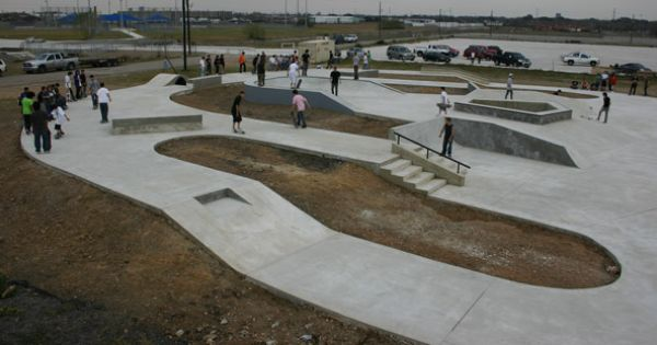 Spaskateparks Com Skate Park Beautiful Places To Visit Skatepark Design